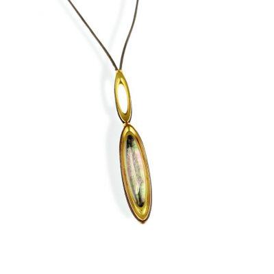750/-Gelbgold 1 handgravierter Bergkristall Cabouchon mit Tahitiperlmutt hinterlegt