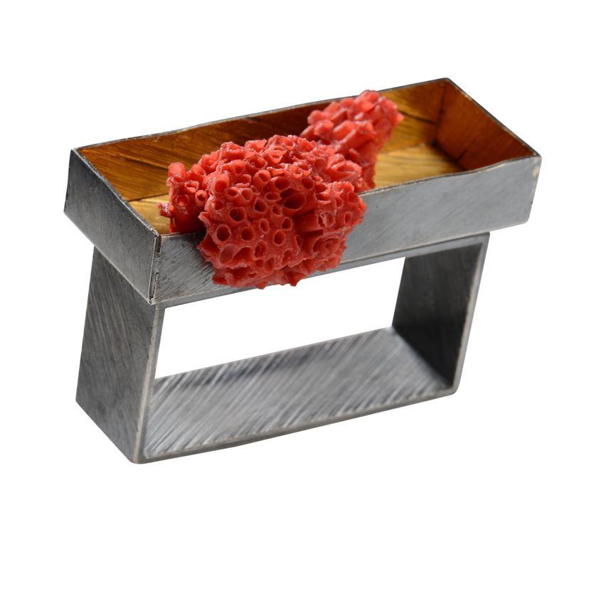 Zweifingerring 925/-Silber oxidiert 900/-Gelbgold Sumatrakoralle